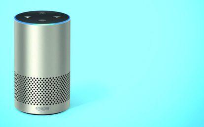 ECHO, EL BÁSICO Su estructura circular ofrece una salida de 360º del sonido para alcanzar hasta la última esquina de nuestro hogar.