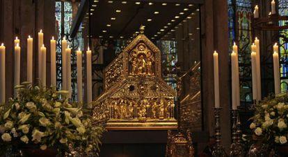 Relicario de los tres Reyes Magos en la catedral de Colonia.