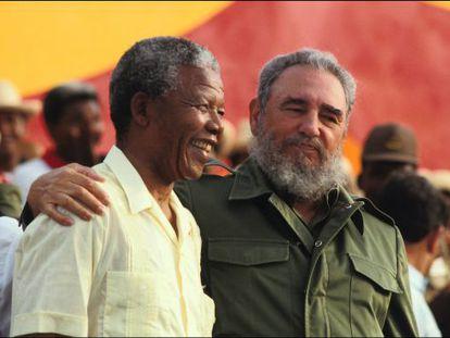 Mandela con Castro, en Matanzas (Cuba) en 1991.