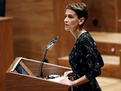 La presidenta del Gobierno de Navarra, María Chivite, en una intervención reciente en el Parlamento foral.