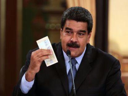 El ingreso mínimo pasará de 5,2 millones de bolívares, menos de un dólar en el mercado negro, que domina la economía, a 180 millones, unos 28 dólares
