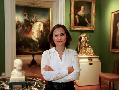 Asunción Cardona, directora del Museo del Romanticismo, en una de las salas.
