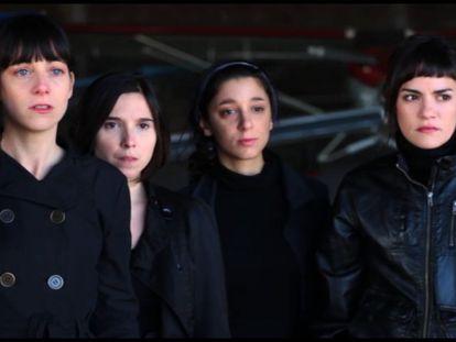 Las cuatro actrices protagonistas de las historias de 'La flor', en un fotograma de la película.