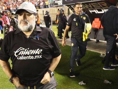 Maradona, durante el último partido en México.