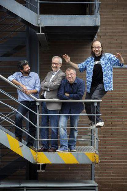 De izquierda a derecha, los directores Alberto Rodríguez, Emilio Martínez-Lázaro, Daniel Monzón y Santiago Segura, en EL PAÍS.