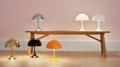 Panthella lamp, by Verner Panton, designed in 1971 in collaboration with Louis Poulsen.