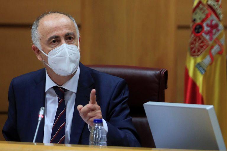 El secretario de Estado de Política Territorial y Función Pública, Francisco Hernández Spínola, este jueves en la Comisión de Presupuestos del Senado en Madrid.