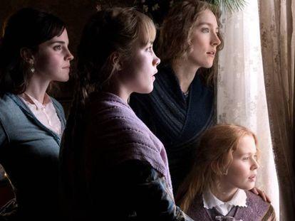 Emma Watson (primera desde la izquierda), Florence Pugh, Saoirse Ronan y Eliza Scanlen, en la 'Mujercitas' de Greta Gerwig.