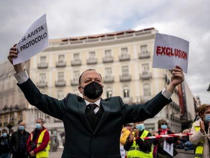 Protesta de Marea de Residencias por la negación de asistencia sanitaria a residentes en geriátricos, el pasado 24 de abril en Madrid.