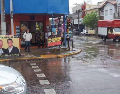 Evaristo Oroña en una de las calles principales de Buenos Aires.