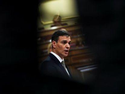 Obstinado, temerario, posibilista, el líder socialista regresó al Parlamento para echar a Rajoy.