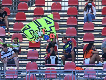 Espectadores en el circuito de Misano durante los entrenamientos libres del viernes.