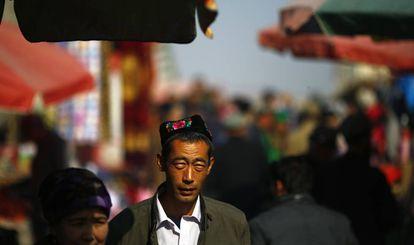 Un hombre de la minoría musulmana uigur en la provincia de Xinjiang en 2013.
