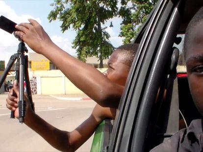 Los jóvenes del Espace Jarrot, de Brazzaville, ruedan su propio documental