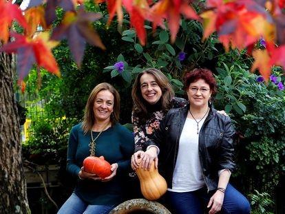 De izquierda a derecha, Keila Pousa, Edurne Sendra y Sofía Calvo, de Fiablone.