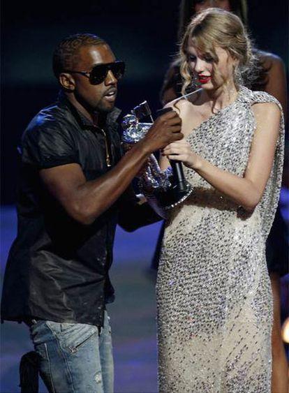 Kanye West interrumpe a Taylor Swift en la entrega de los premios MTV
