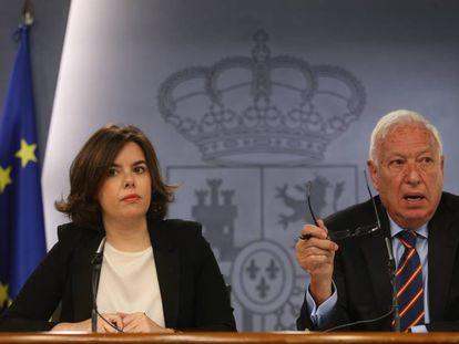 La exvicepresidenta Sáenz de Santamaría y el exministro García-Margallo, en 2015.