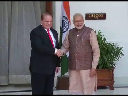 Modi se reúne con su homólogo paquistaní.
