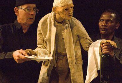Un momento de <b><i>Woyzeck en lo alto de la colina,</b></i> la obra que puede verse en el Teatro Central de Sevilla.