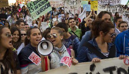 Protesta estudiantil contra la reforma educativa en Sevilla.