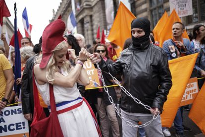 Manifestación contra las vacunas en París, el sábado.