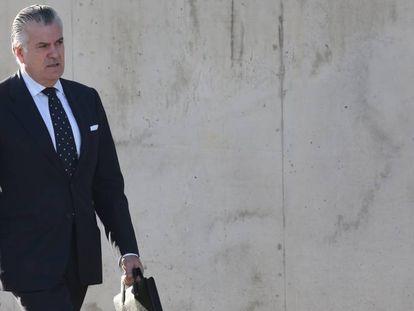 Luis Bárcenas acude a una de las sesiones del juicio del 'caso Gürtel'.