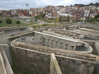 Algunas de las losas que cubrieron un edificio deportivo diseñado por Enric Miralles y Carme Pinós.