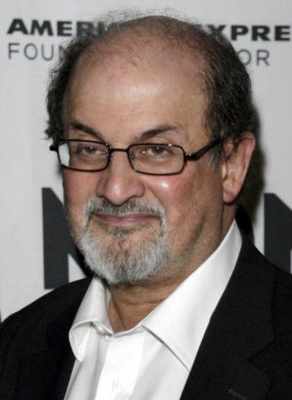 El escritor angloindio Salman Salman Rushdie.