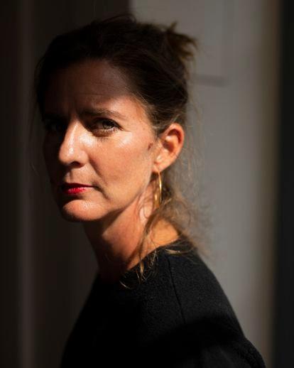 Camille Kouchner ha provocado en Francia un gran revuelo con su libro 'La gran familia'.