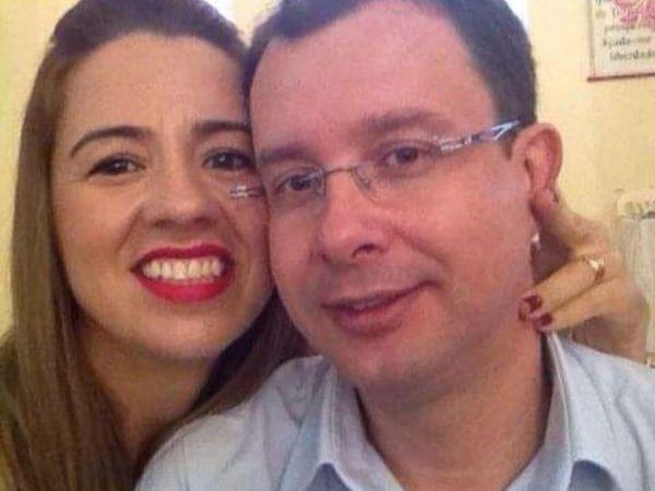 El profesor Dalton Milagres Rigueira y su esposa, Valdirene Lopes, en una foto de 2014 colgada en Facebook. Gordiano fue rescatada en el hogar de la pareja, en Patos de Minas.