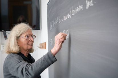 La matemática Karen Uhlenbeck en el Instituto de Estudios Avanzados de Princeton.
