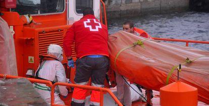 Un miembro de Cruz Roja.