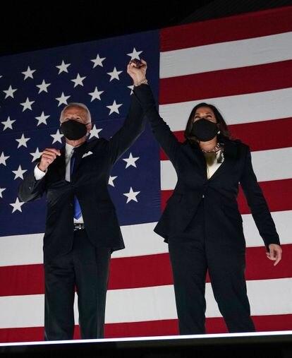 El aspirante demócrata, Joe Biden, junto a Kamala Harris.