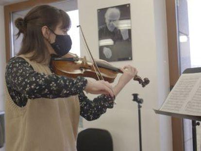 La Escuela Superior de Música Reina Sofía, con alumnos de 32 nacionalidades, apuesta por una formación semipresencial sin renunciar a la excelencia dentro y fuera de los escenarios