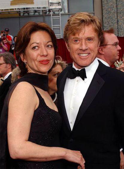 Sibylle Szaggars y Robert Redford, en 2002.