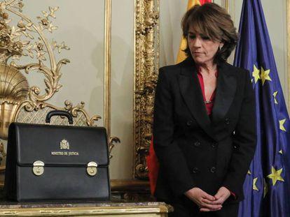 Dolores Delgado, este lunes durante el acto de traspaso de la cartera de Justicia.