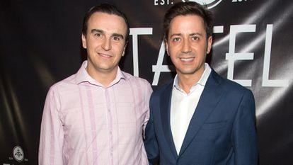 Abel Matutes Prats y Eduardo Lorentino en la inauguración del restaurante Tatel Miami en marzo de 2017.