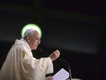 El papa Francisco durante la misa ofrecida en la catedral de San Sebastián, en Brasil.