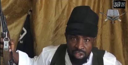 Abubakar Shekau, líder de Boko Haram durante más de una década, en una captura de vídeo.