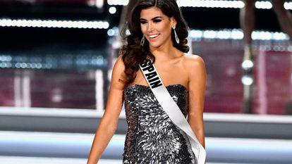 Sofía del Prado durante el certamen de Miss Universo, en el que representó a España, quedando entre las 10 finalistas.