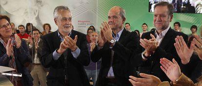 Los expresidentes Manuel Chaves y José Antonio Griñán, en un acto en 2015.