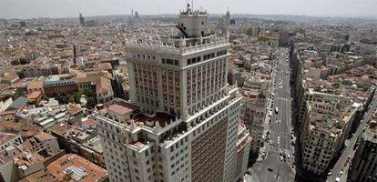 Edificio España, perteneciente a Banif, en la Plaza de España.
