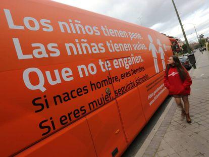 Autobús de Hazte Oír que el PSOE ha pedido que prohíban circular.