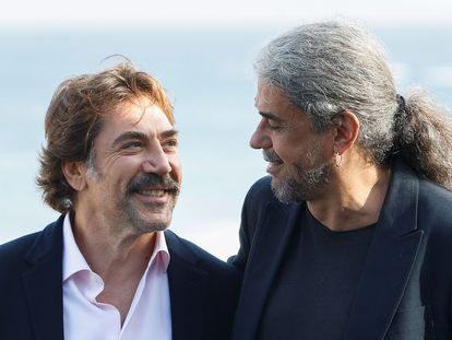 Javier Bardem y Fernando León de Aranoa, durante la presentación en San Sebastián de 'El buen patrón'.