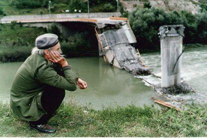 Puente de Foca sobre el río Drina.