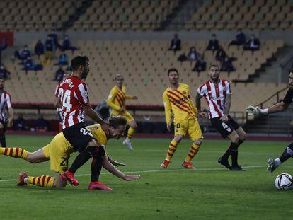 De Jong marca el segundo gol del Barça.