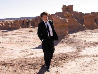 Escena final de 'El árbol de la vida' en la que Jack, personaje interpretado por Sean Penn, trata de reconciliarse con su pasado. En realidad, el propio Sean Penn confesó que no entendió exactamente qué pintaba en la película. En vídeo, el tráiler del filme.