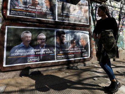 Propaganda de campaña de Mauricio Macri en una calle de Buenos Aires.