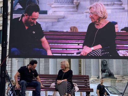 En vídeo,Manuela Carmena y Juan Antonio Bayona presentan la nueva campaña de 'España Global'.