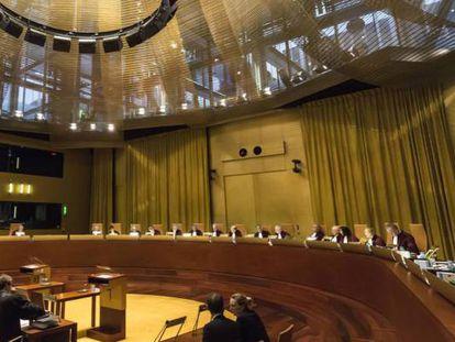 Vista en la Gran Sala de Tribunal de Justicia de la UE, en una imagen de archivo.
